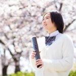 卒業式 桜の木 高校生